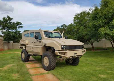Military-Vehicles-1