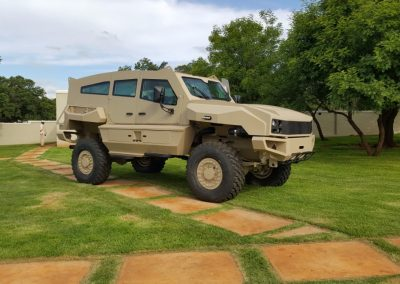 Military-Vehicles-2